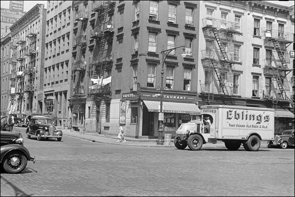 1938-New-York-city-61st-street-4-Ebling-Brewery