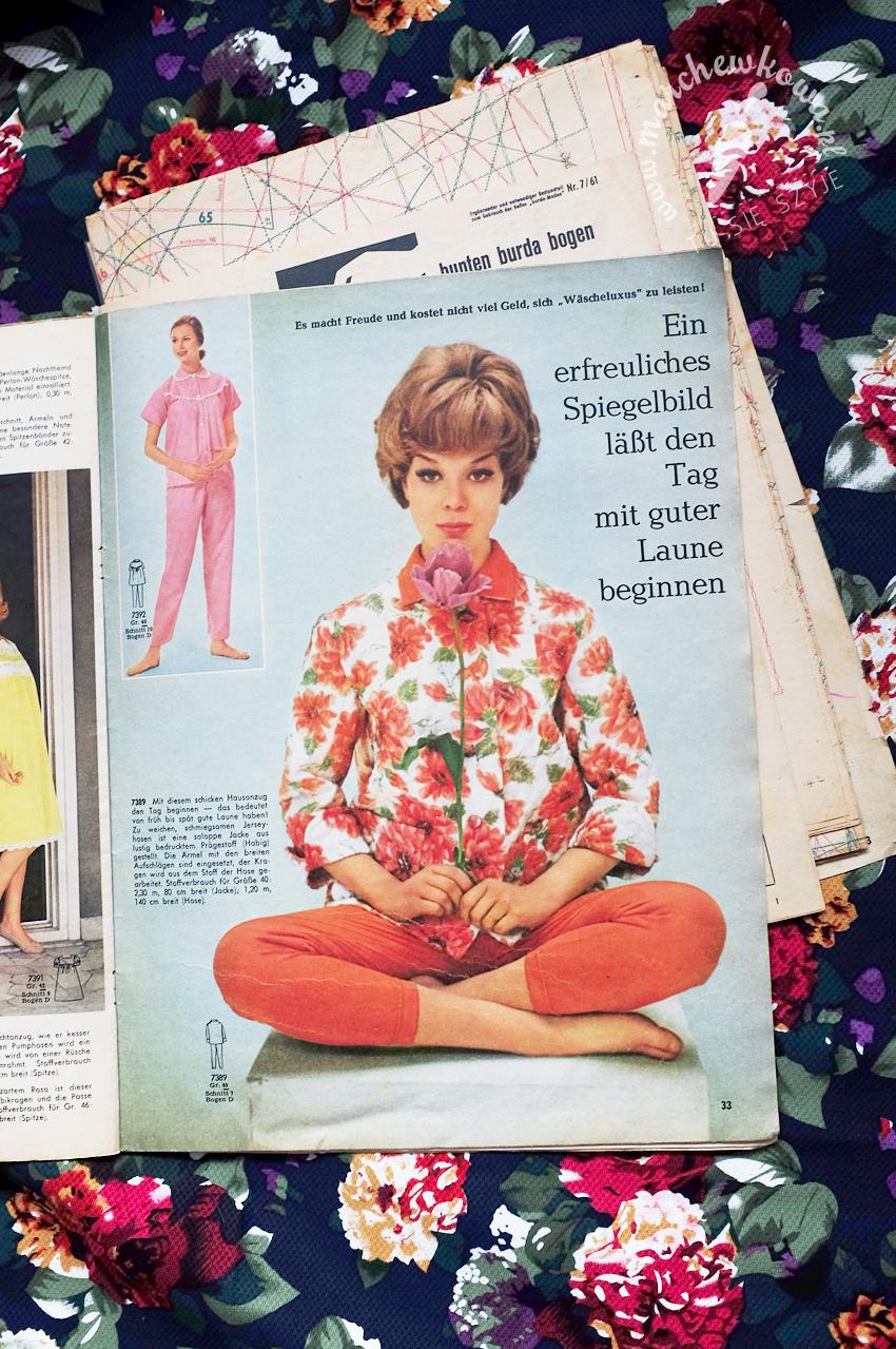 blog, marchewkowa, szycie, krawiectwo, sewing, retro, vintage, moda, fashion, 50s, 60s, Burda 7/1961, jacket, leisure suit, cotton, flowers, Darpol, Ikea, Wrocław szyje, Tu się szyje, Pfaff 360
