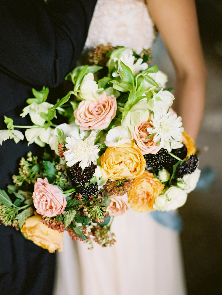 Shades of fall bouquet | fabmood.com