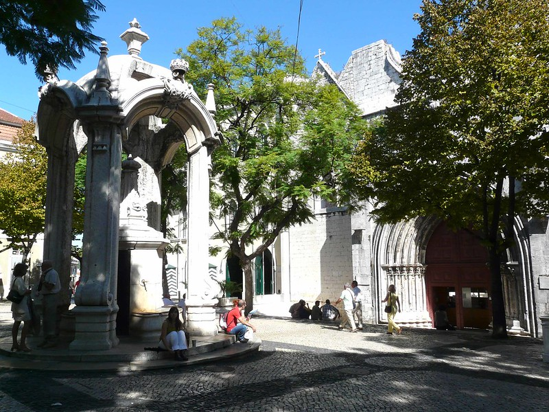 Praça do Carmo, Lisboa, Portugal