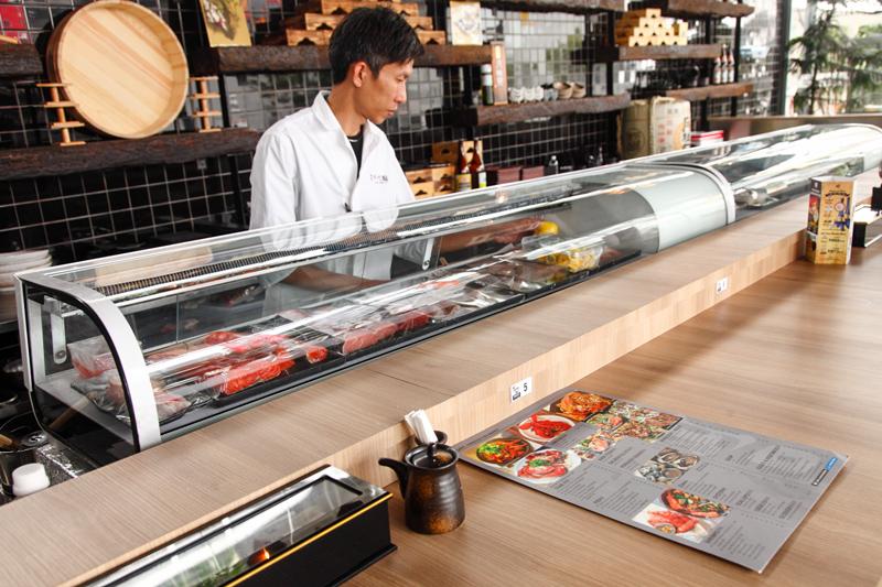 Yamaguchi Fish Market Sushi Bar