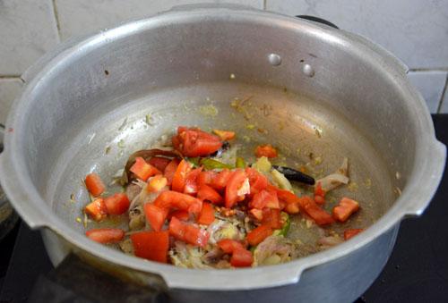 cooker biryani-6