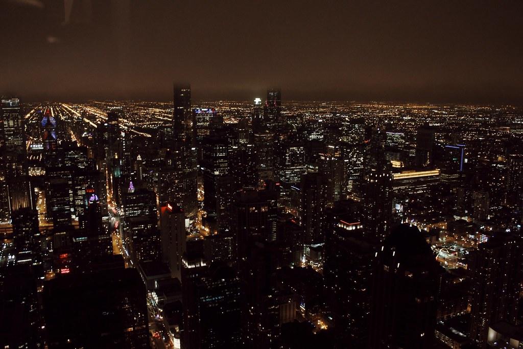 Chicago von oben bei Nacht