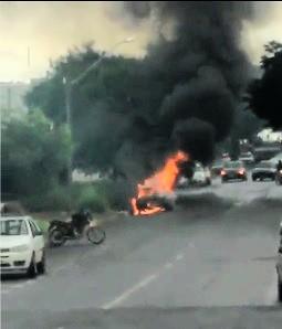 carro fogo incendio