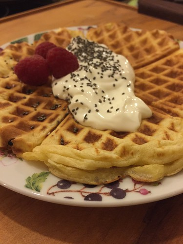 Waffles with yoghurt and Chia Seeds