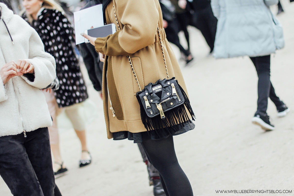 PFW-Paris-fashion-week-streetstyle-fall-2016-moschino-black-bag-myblueberrynightsblog