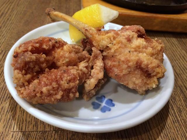 Deep-fried chicken from Toritsubaki @ Kaminarimon (near Asakusa)