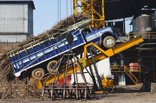 méxico camion veracruz industria descarga gruas refinería cañadeazucar cuichapa ingeniosanjosedeabajo
