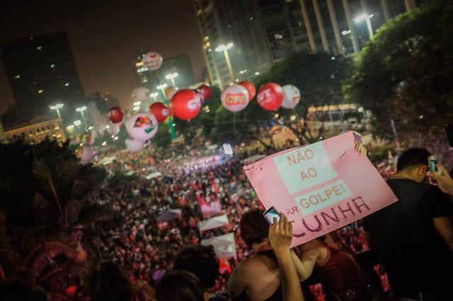 """""""Para dizer não à anti-democracia, devemos seguir forte na mobilização conjunta"""", avalia Maria das Dores Serqueira, coordenadora do MTST. - Créditos: Eduardo Figueiredo/ Mídia NINJA"""