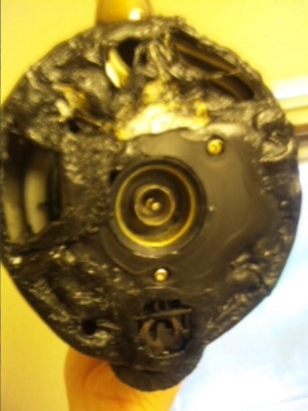房東提東的電熱水瓶底座照片