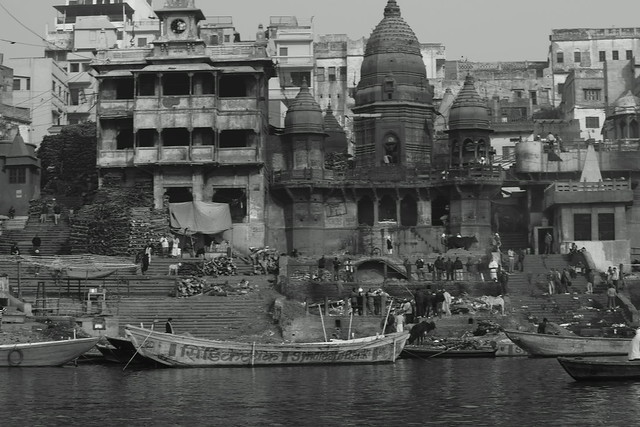 Manikarnika Ghat again. Varanasi (India). 27 Dec 2015