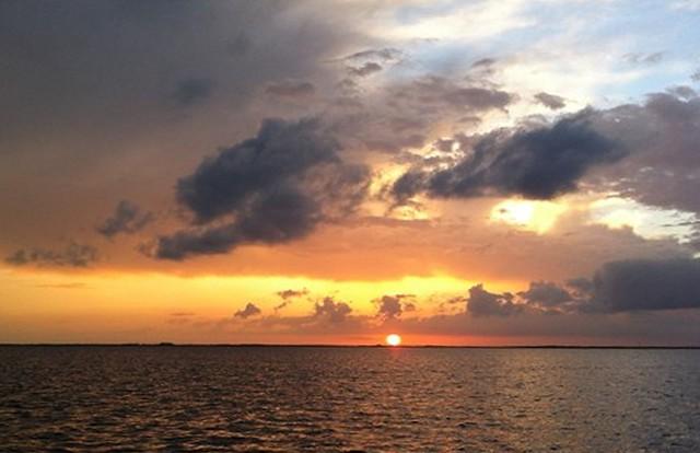 Sunset GBah