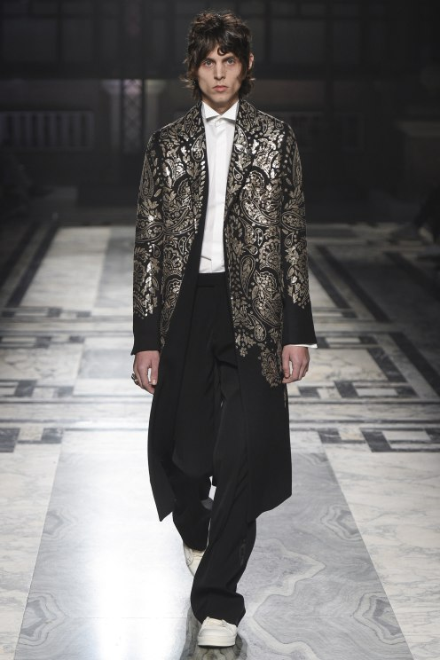 alexander-mcqueen-fw-2016-london-31