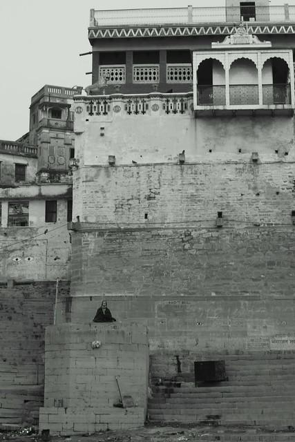 A rich house of the boss of Manikarnika Ghat. Varanasi (India). 27 Dec 2015