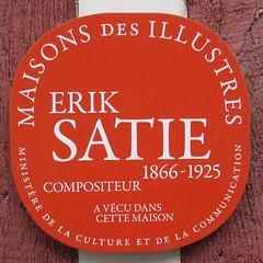 Photo of Erik Satie red plaque