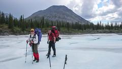 Grant i nasz przewodnik John. Lód na rzece Spring Creek