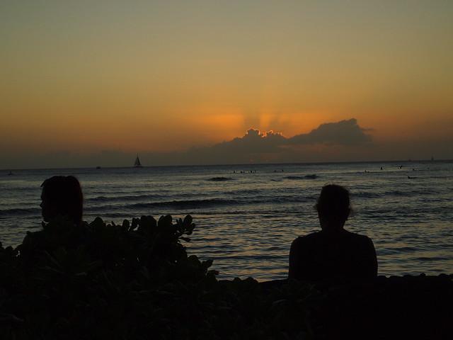 PB290642 ハワイ ワイキキビーチ サンセット hawaii waikiki beach sunset ひめごと ヒメゴト