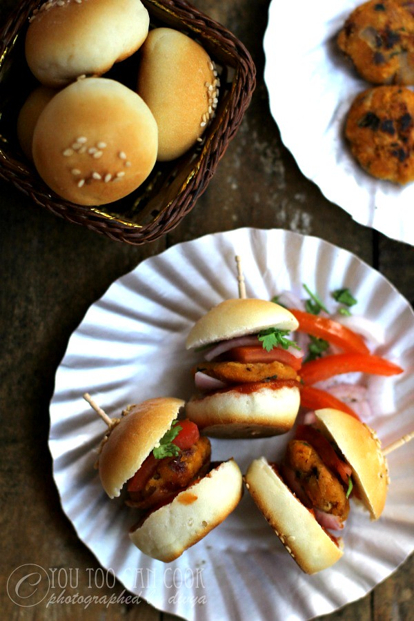 Mini Burgers | Mini Egg Burgers | Party Burger Idea | Cute Little Burgers Recipe