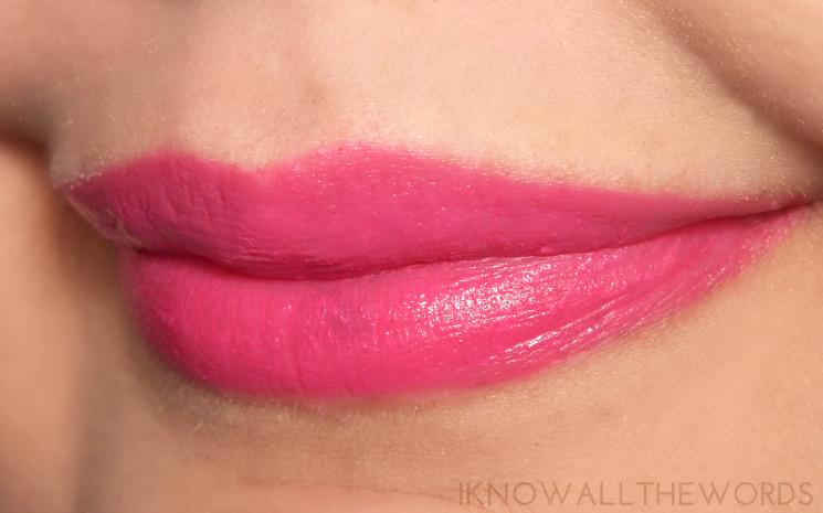 maybelline vivid matte liquid lipstick 20 electric pink