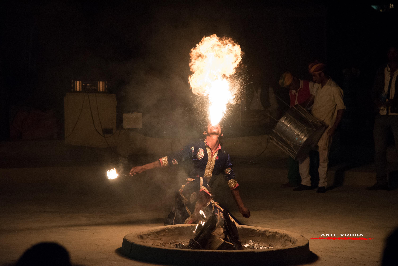 Artist blowing fire @ Sam Sand Dunes
