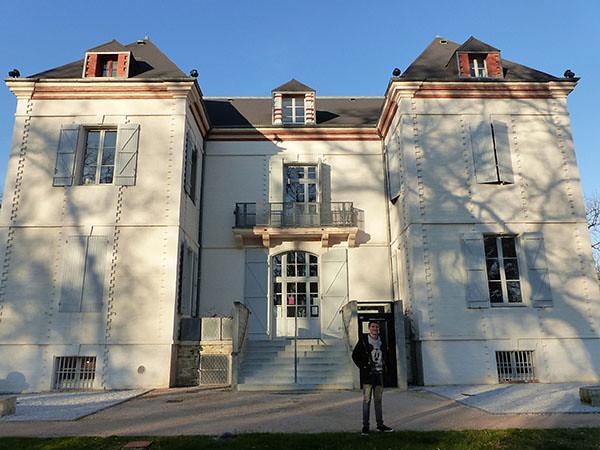 château à Fronton