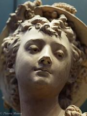 Albert-Ernest Carrier-Belleuse; jeune fille au chapeau orné d'épis de blé