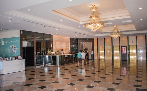 [高雄婚宴推薦]有吃又有拿,在高雄尊龍大飯店參加婚宴還能玩拍照機! (8)