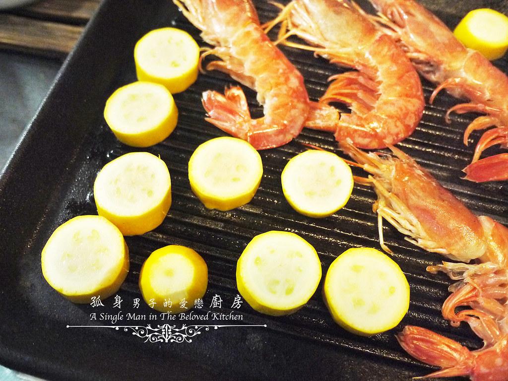 孤身廚房-寶迪鍋一鍋到底茄汁綜合貝類義大利麵佐烤天使紅蝦與櫛瓜25