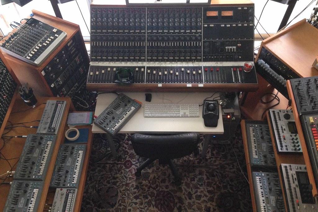 Gearslutz pro audio community john frusciante 39 s acid for Acid electronic music