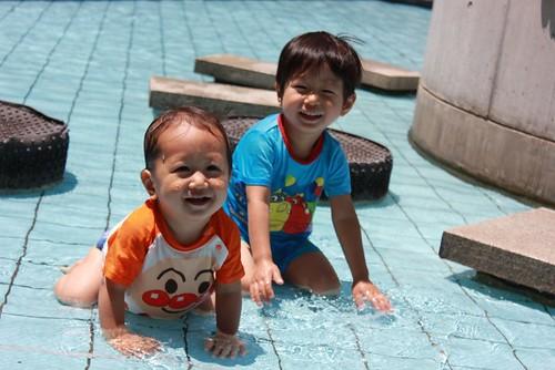 赤ちゃん 日焼け対策 プール