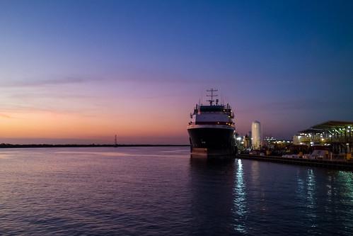 sunset boat nokia louisiana unitedstates smartphone bayou coastal gulfcoast fourchon workboat bayoulafourche osv lafourcheparish portfourchon goldenmeadow ilobsterit lumia1020