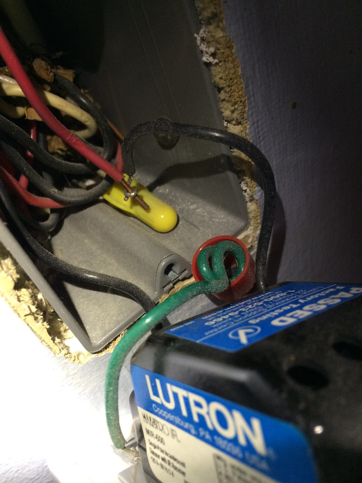 Dimmer Switch Ground Not Attached Exposed Hot Wire Do I Have A Wiring Neutral And Together Binya Jr