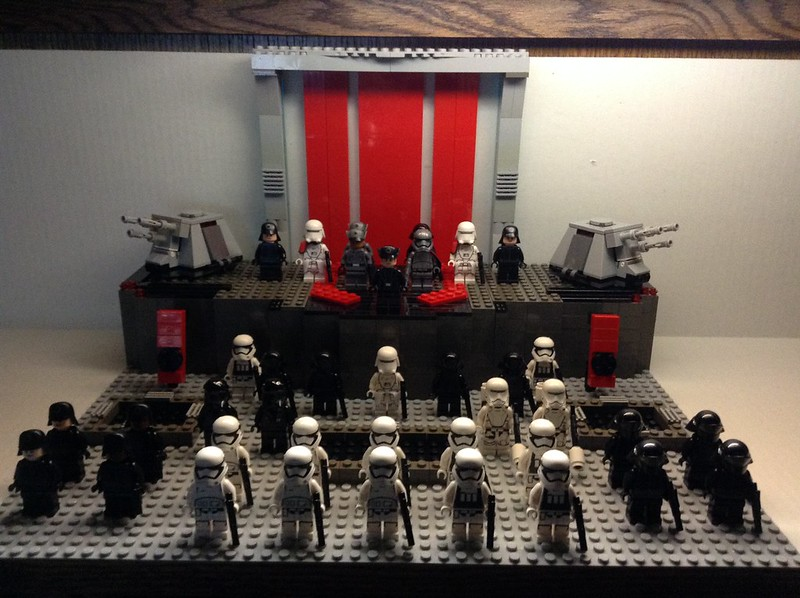 MOC] Starkiller Base Assemblage - LEGO Star Wars - Eurobricks Forums