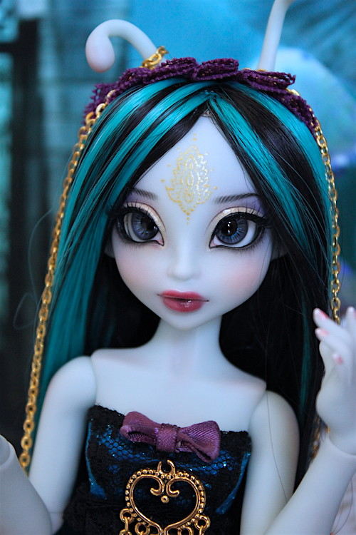 My blue Caterpillar (Aria Mystic Dolls)  25815645521_56af7d9df6_b