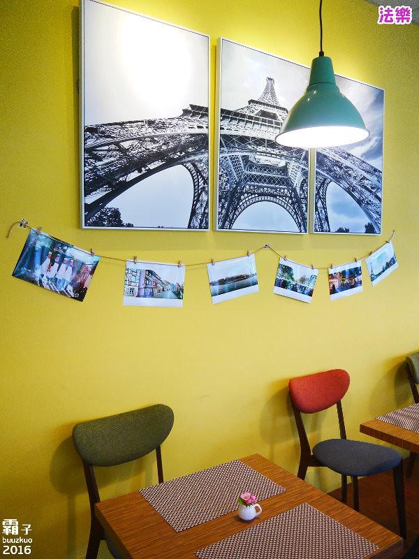 26079256182 4eb60e37d4 b - 【熱血採訪】法樂法式薄餅屋,店主人遠赴發源地去學藝,道地的法式可麗餅!