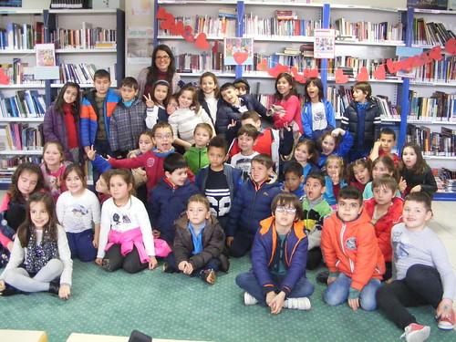 Visita do CEIP Laredo á Biblioteca de Chapela (4), alumnos de 1º e 2º