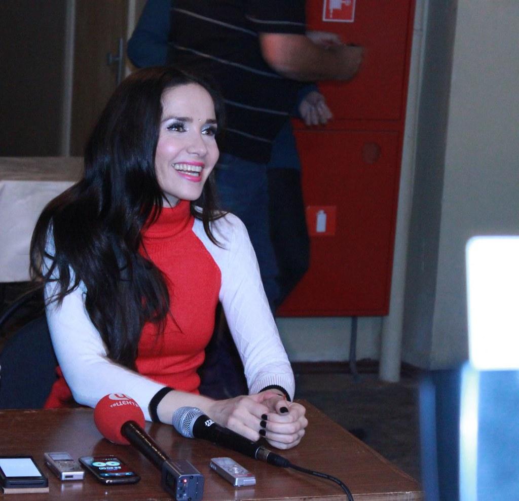 Наталия Орейро дает интервью
