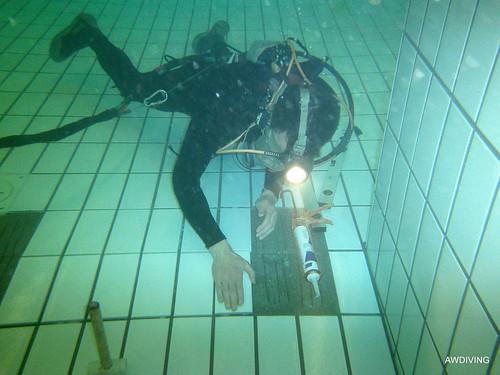 onderwater tegelzetter.