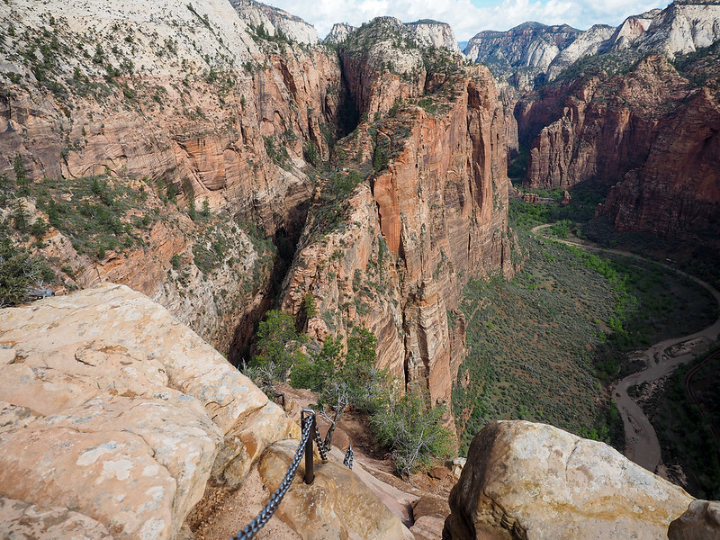 Chains on the Angels Landing Trail