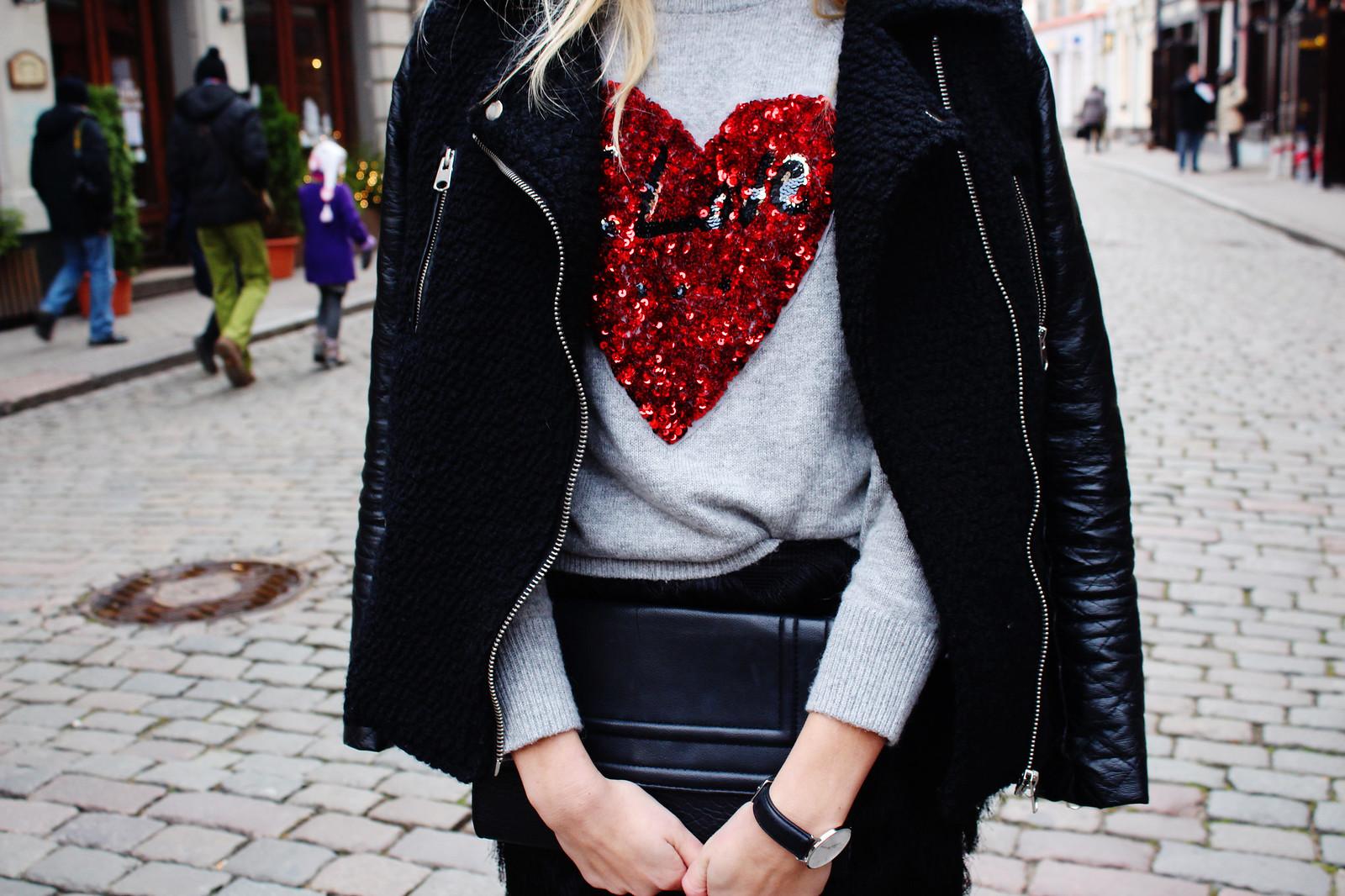 H&M Christmas sweater