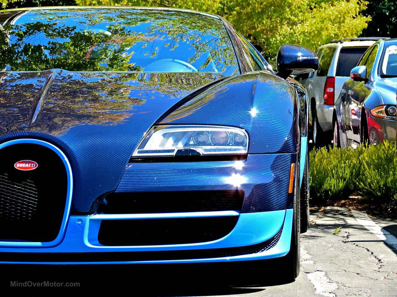 Bugatti Veyron Grand Sport Vitesse Blue Carbon 3