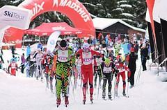 Kašperská 30 přilákala rekordní startovní pole, vyhráli Sikora a Bořutová
