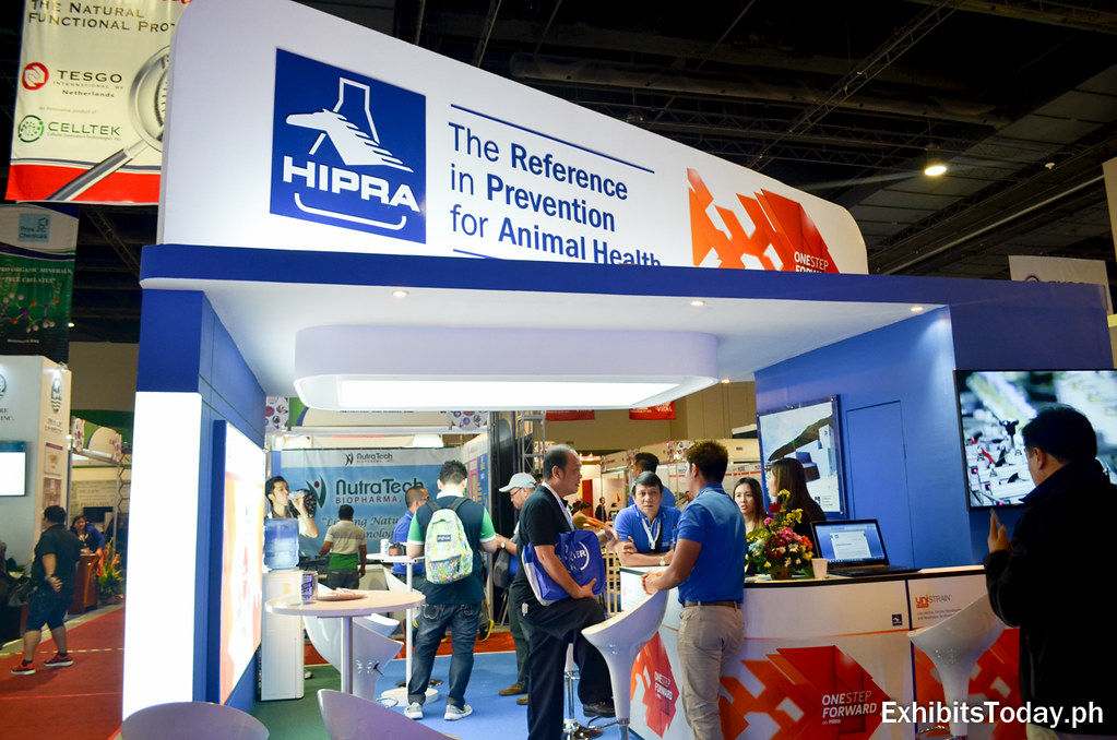 HIPRA Exhibit Booth