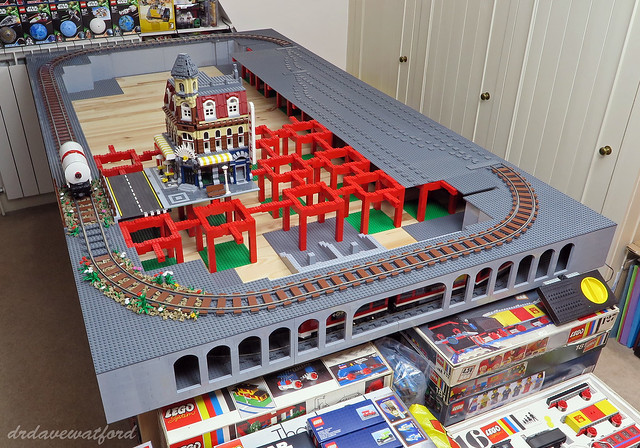 LEGO 20 Piece straight plastic railroad train track lighter bluish grey