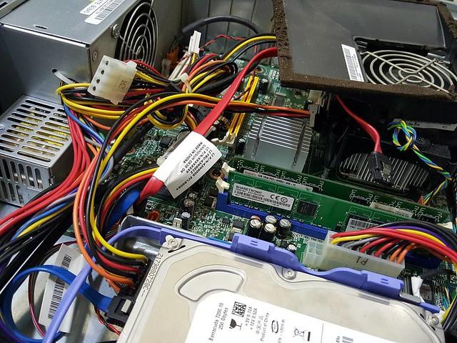#심폐소생술 #인텔 #E7500 #G31 #2G #250g #레노버 #lenovo #PC #ibm #Hdd 요즘 왜 이렇게 계속 윈도우 설치를 많이 하는건지.... 휴..