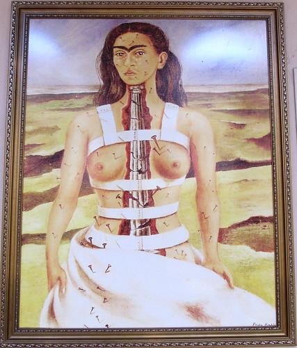 """Merida: """"la Colonne Cassée"""", autoportrait de Frida Kahlo"""