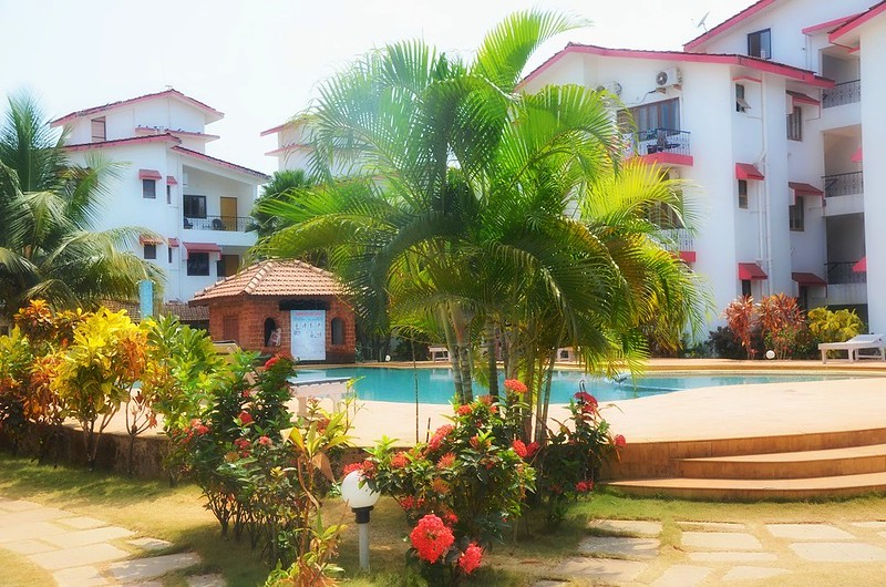 1BHK & 2BHK Apartments with Pool at Calangute Road Bardez