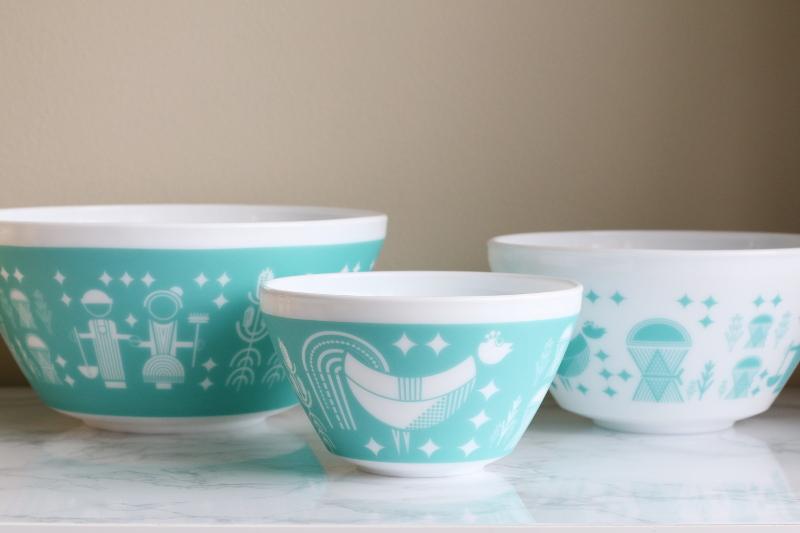 Vintage Charm bowls, white turquoise rise n shine print, mixing bowl, glass dish