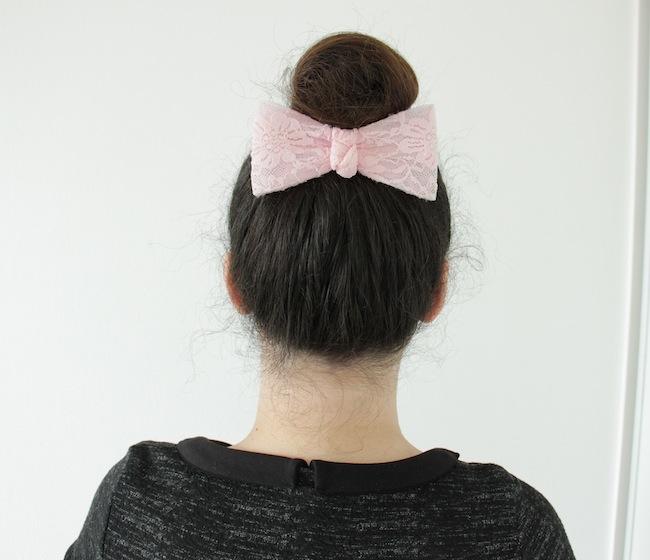 4_coiffures_simples_avec_une_barrette_à_neoud_blog_mode_la_rochelle_5