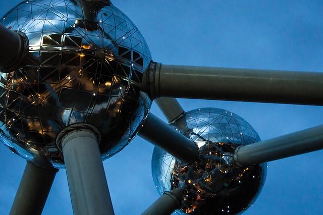 Double Atomium